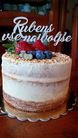 """Torta biskvit - moja prva """"naked torta"""""""